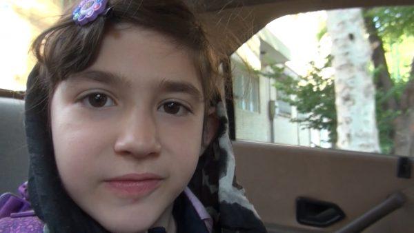 Nadia v iranski šoli